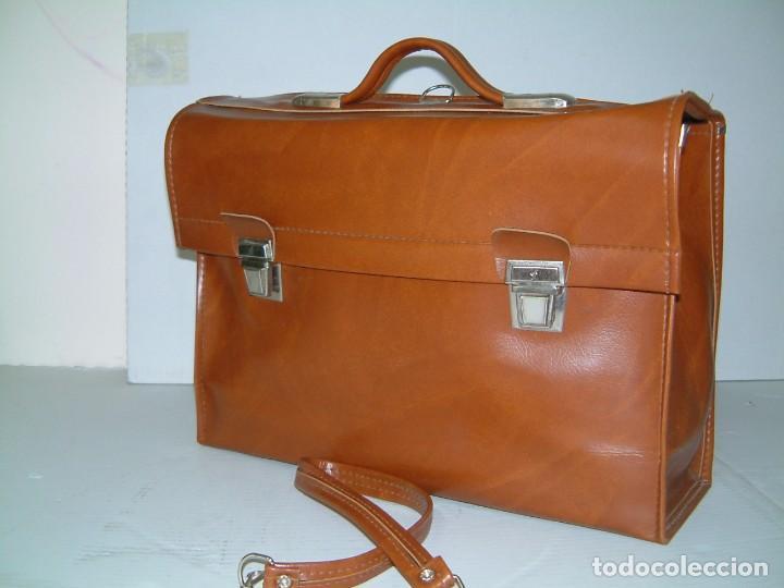 Vintage: Cartera maletín marrón claro con único compartimento y doble cierre - Foto 2 - 84597712