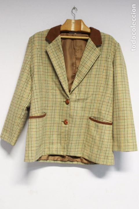 chaqueta americana de cuadro