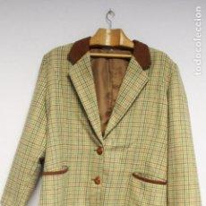 Vintage: CHAQUETA AMERICANA CUADROS MARRÓN VINTAGE. TALLA 46.. Lote 84655304