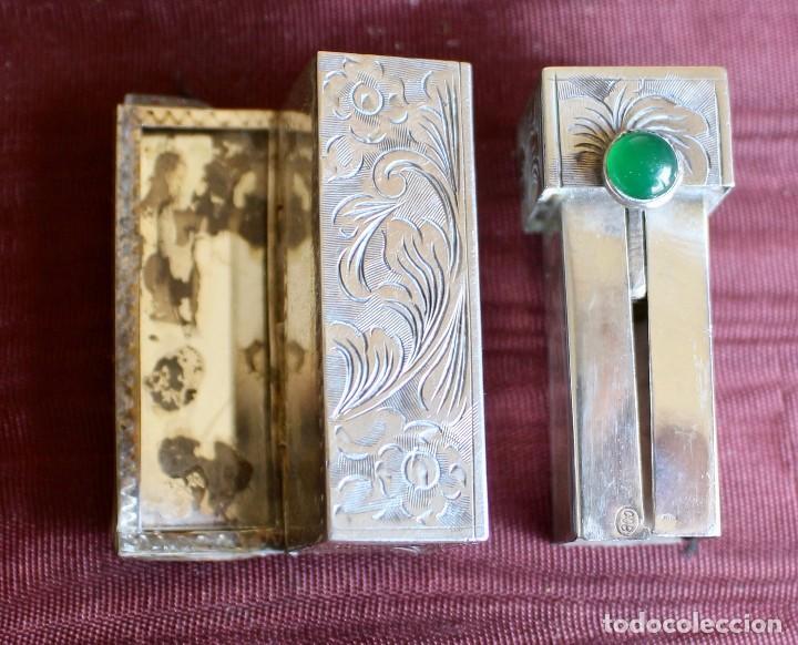 Vintage: PINTALABIOS ANTIGUO CON ESPEJO EN PLATA DE LEY Y BELLAMENTE CINCELADO, CABUJON DE JADE. - Foto 3 - 85094308