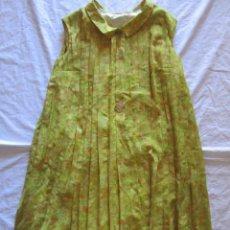 Vestido de señora, tableado sin estrenar años 50-60. Comercios Olalde Madrid