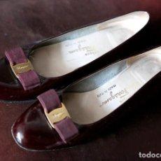 Vintage: ZAPATOS TIPO MANOLETINA BOUTIQUE ITALIANA FERROGAMO, NUMERO 39. Lote 93978205