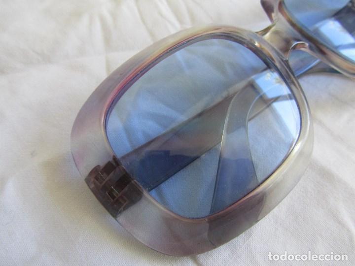 Vintage: Gafas de sol con lentes azules y pasta color lila - Foto 3 - 94986883