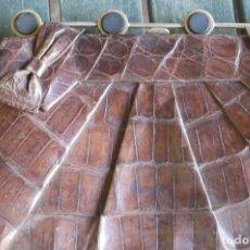 Vintage: CARTERA PIEL DE COCODRILO. Lote 103292811