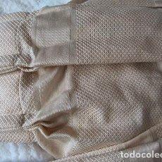 Vintage: CORTINA COLOR CREMA DE ALGODON Y POLIESTER DE 4,22 X 2,41 METROS CONFECCIONADA CON SUS ANILLAS. Lote 103790799