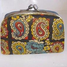 Vintage: ANTIGUO MONEDERO-VINTAGE-AÑOS 60-70. Lote 141144330