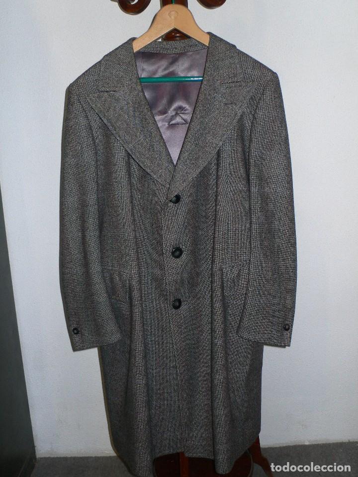 ABRIGO CLÁSICO CUADROS (Vintage - Moda - Hombre)