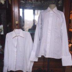 Vintage: 2 CAMISAS CABALLERO DE LOS AÑOS 70- CON BORDADOS EN PECHO - ETIQUETA DE BERKELERY . Lote 108667723