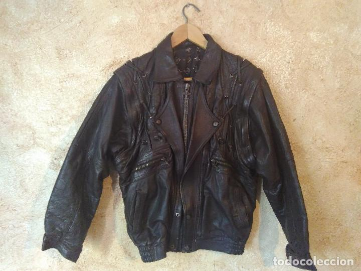 1810059902b Vintage  Muy original chaqueta de cuero vintage