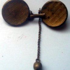 Vintage: BOTONADURA ANTIGUA METAL DORADO - 3,5 CM . Lote 110390467