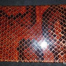 Vintage: BILLETERA HOMBRE COCODRILO. Lote 111229067