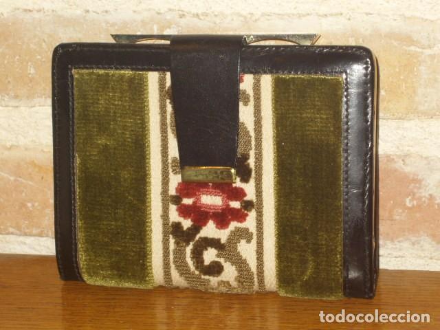 Vintage: ANTIGUO MONEDERO,CARTERA DE PIEL Y TELA TAPICERIA.SIN USO. - Foto 3 - 111499435