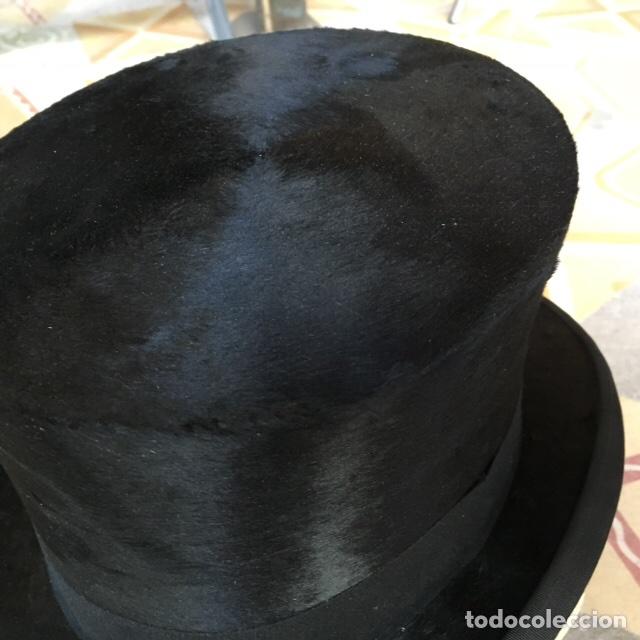 Sombrero de copa alta  alta novedad  - Sold at Auction - 100246759 2312e12cfb5