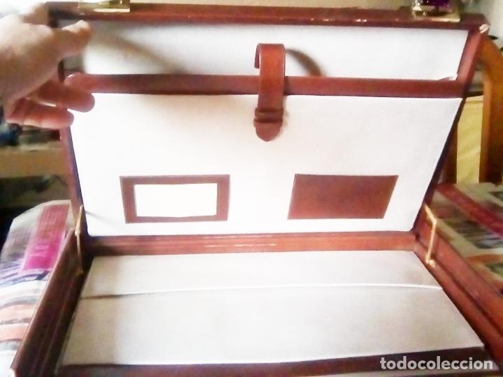Vintage: ELEGANTE MALETIN EJECUTIVO AÑOS 80. PIEL MARRON TAMAÑO 44X30X6 CMS - Foto 3 - 113724011