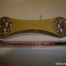 Vintage: PASADOR PELO PRENDEDOR PIEL BEIG, AÑOS 80, NUEVO.. Lote 113789923
