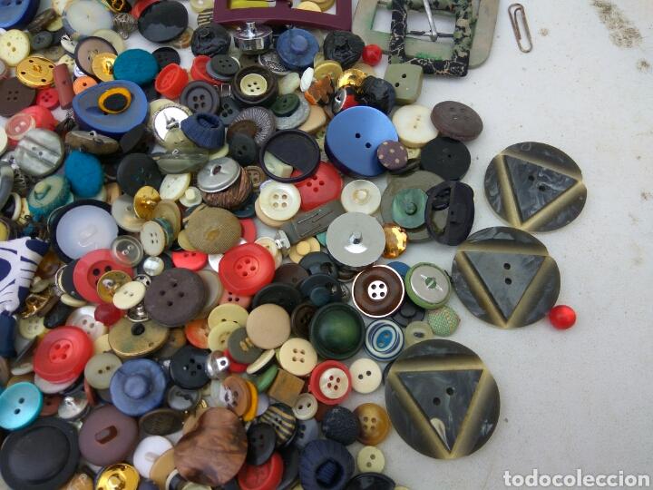 Vintage: BOTONES HEBILLAS GRAN LOTE ANTIGUOS - Foto 3 - 114014535