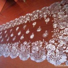 Vintage: MANTILLA BLONDA NEGRA Y PLATA. Lote 115505947