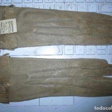 Vintage: 1963 GUANTES PIEL SEÑORA ANTIGUOS FRANCESES REAL KID COLOR VERDE PARDO EL CAPRICHO ALBACETE T 6. Lote 116879063