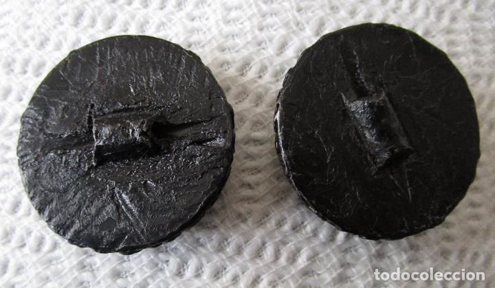 Vintage: Seis botones de los años 60. unos 4 cm de diámetro - Foto 3 - 46531246