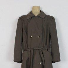 Vintage: GABARDINA DE ORIGEN COREANO. MARCA KAMPTON COURT, AÑOS 70.. Lote 118444427