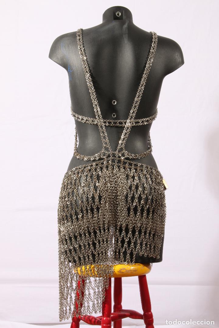 Vintage: Vestido único 100% artesanal confeccionado con pequeñas arandelas de acero. Talla 40-42 - Foto 2 - 119128103