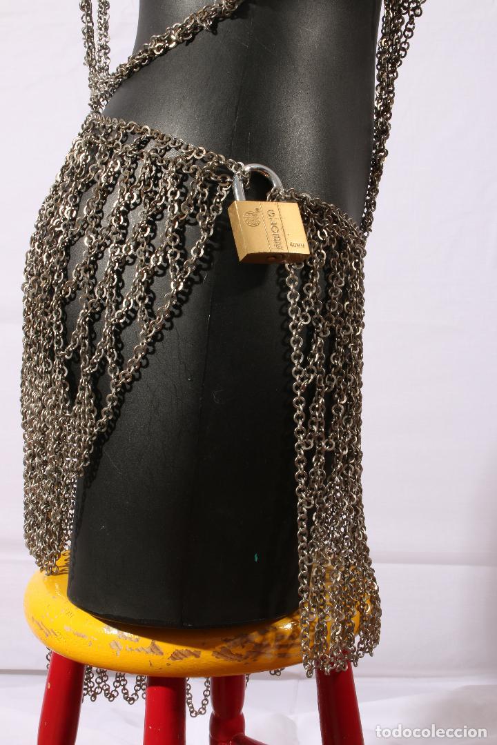 Vintage: Vestido único 100% artesanal confeccionado con pequeñas arandelas de acero. Talla 40-42 - Foto 5 - 119128103