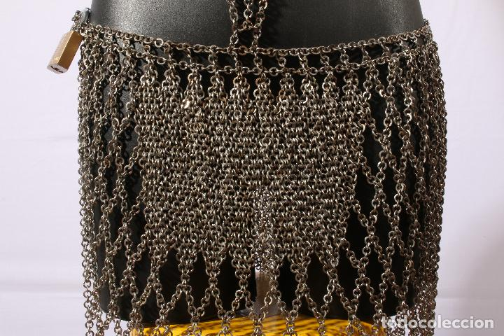Vintage: Vestido único 100% artesanal confeccionado con pequeñas arandelas de acero. Talla 40-42 - Foto 15 - 119128103