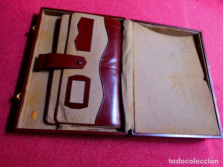 Vintage: MALETÍN RÍGIDO PIEL MARRÓN - TIPO EJECUTIVO - AÑOS 80 - Foto 4 - 120350503