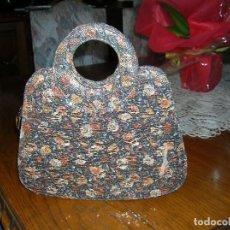 Vintage: ORIGINAL BOLSO CON TELA CON HILOS DE ORO QUE LO HACEN BRILLAR.. Lote 121052839