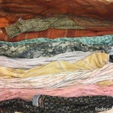 Vintage: ANTIGUO LOTE DE PAÑUELOS, DIFERENTES MEDIDAS, LA MAYORIA TIPO FOULARD, ALARGADOS TODOS FOTOGRAFIADOS. Lote 121866467