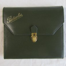 Vintage: CARTERA PARA PAÑUELOS. AÑOS 60-70. INTERIOR ROJO FUELLE O ACORDEÓN. 5 APARTADOS. Lote 123791191