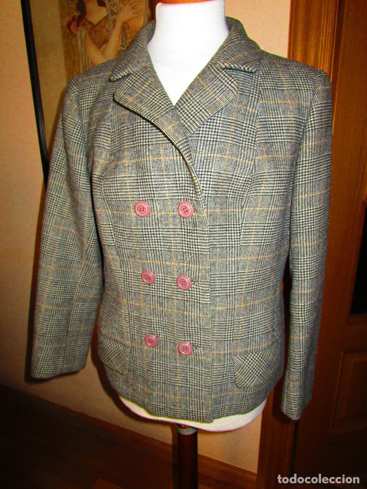 cd99369c9c traje clásico de lana reversible