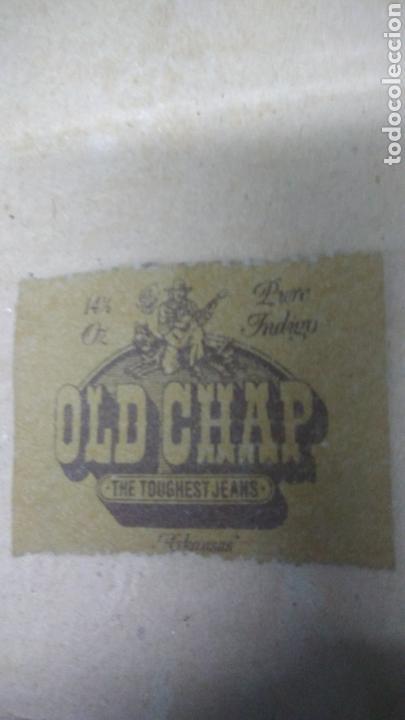 OLD CHAP. ETIQUETA DE CUERO. AÑOS 70 (Vintage - Moda - Hombre)