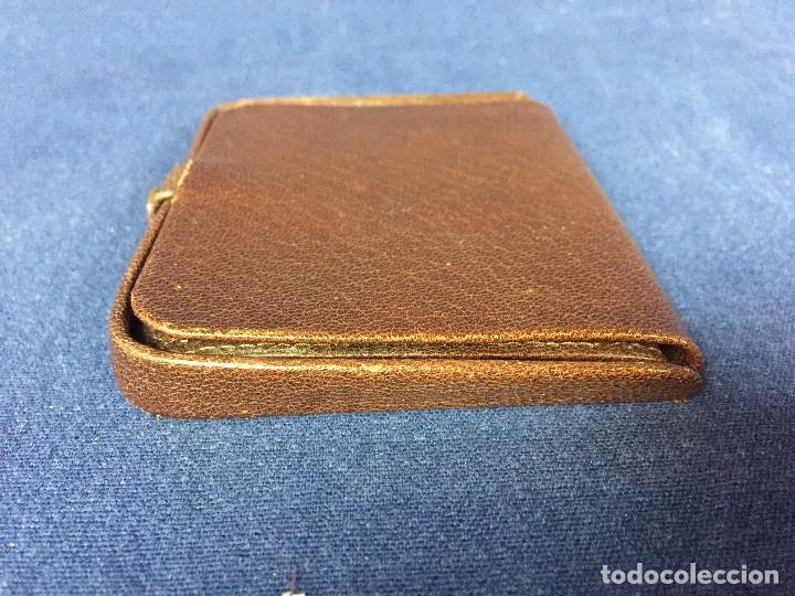 Vintage: cartera billetero monedero piel marrón cierre automático pequeño tamaño - Foto 2 - 125400787