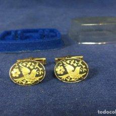 Vintage: GEMELOS DAMASQUINADO AVES TOLEDO ORO AÑOS 70 CON CAJA 2X5X6,5CMS. Lote 131038876