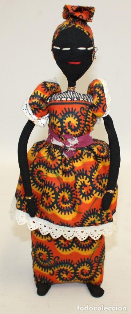 BONITA NEGRITA (NIGERIANA),DE PAÑO. (Vintage - Moda - Complementos)