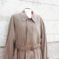 Vintage: GABARDINA MARRÓN CON CINTURÓN AÑOS 80 . Lote 131703414