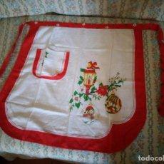 Vintage: ANTIGUO DELANTAL NAVIDEÑO AÑOS 80,IDEAL PARA RODAJES.. Lote 132765542