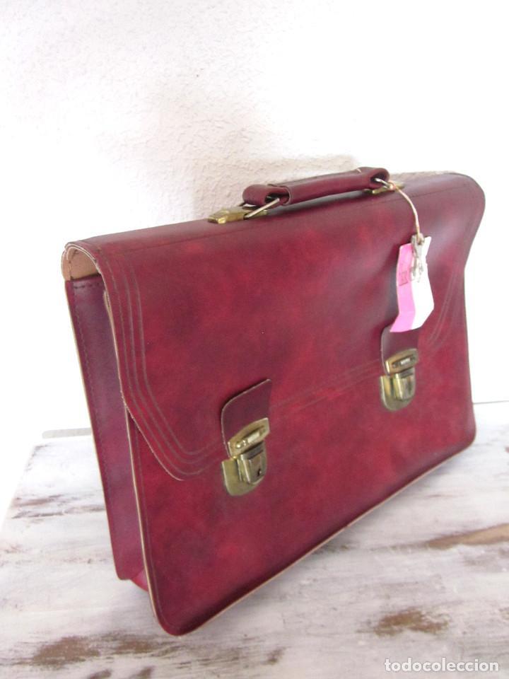 Vintage: Cartera maleta escuela maletín escolar marca Roy nueva sin estrenar con llaves color burdeos - Foto 4 - 132980926