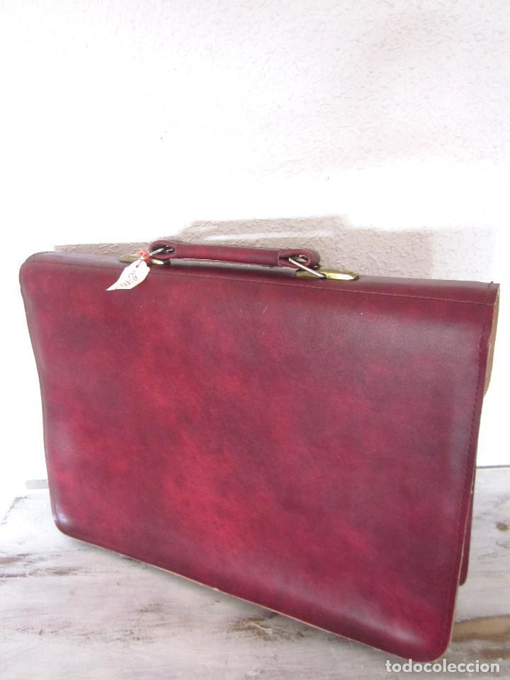 Vintage: Cartera maleta escuela maletín escolar marca Roy nueva sin estrenar con llaves color burdeos - Foto 5 - 132980926