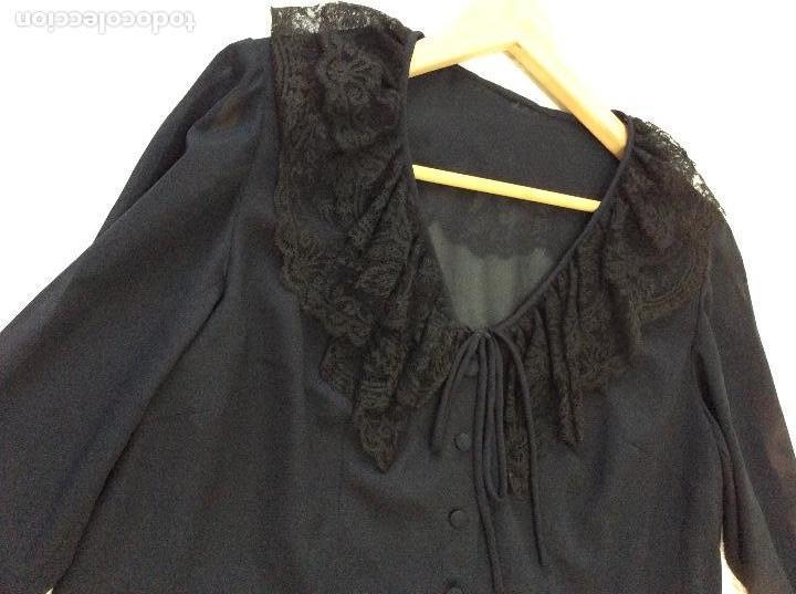 Vintage: Vestido negro con el cuello de espectacular encaje y volante plisado abajo - Foto 6 - 135596250