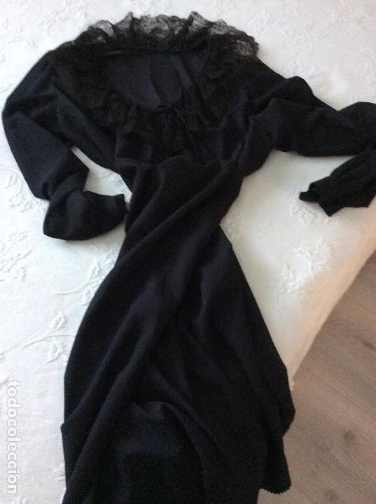 Vintage: Vestido negro con el cuello de espectacular encaje y volante plisado abajo - Foto 15 - 135596250