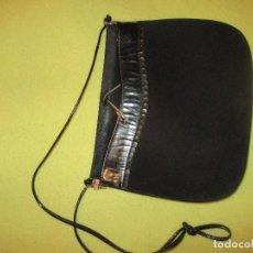 Vintage: BOLSO- CARTERA BANDOLERA AÑOS 70. Lote 136438954