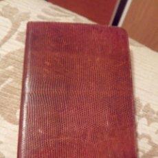 Vintage: CARTERA AÑOS 60 UBRIQUE SERPIENTE CHAPA ORO INICIALES. Lote 140423953