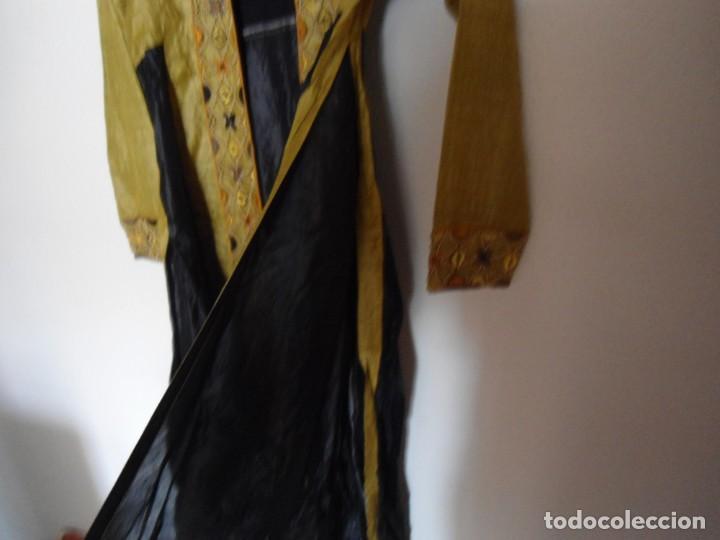 Vintage: CONJUNTO TUNICA KAMEEZ Y SARI INDIO EN SEDA NATURAL Y BROCADO DE PEDRERIA - Foto 15 - 142514814