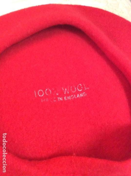 Vintage: Boina roja marcada 100x100 lana. Made in England. Sin uso. Años 80 - Foto 2 - 142523070