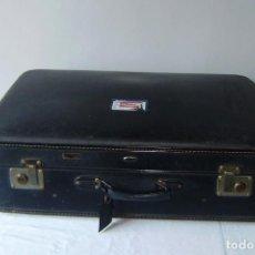Vintage: MALETA DE VIAJE TAURO CON LLAVE.. Lote 145260722