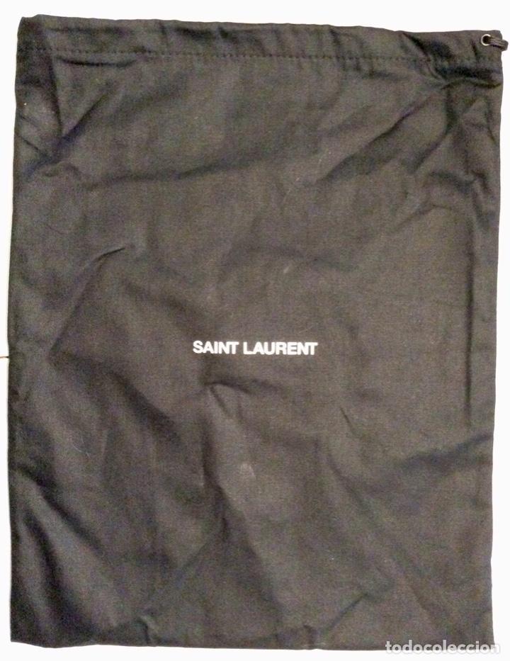 Vintage: Envío 8€. Par de bolsas guarda zapatos marca SAINT LAURENT NEGRAS Y BLANCAS POR DENTRO - Foto 4 - 154374630