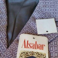 Vintage: CHAQUETA DE CABALLERO AÑOS 60 NUEVA SIN USAR CON SUS ETIQUETAS ORIGINALES DE EPOCA . FIRMA ALSABAR .. Lote 154385008