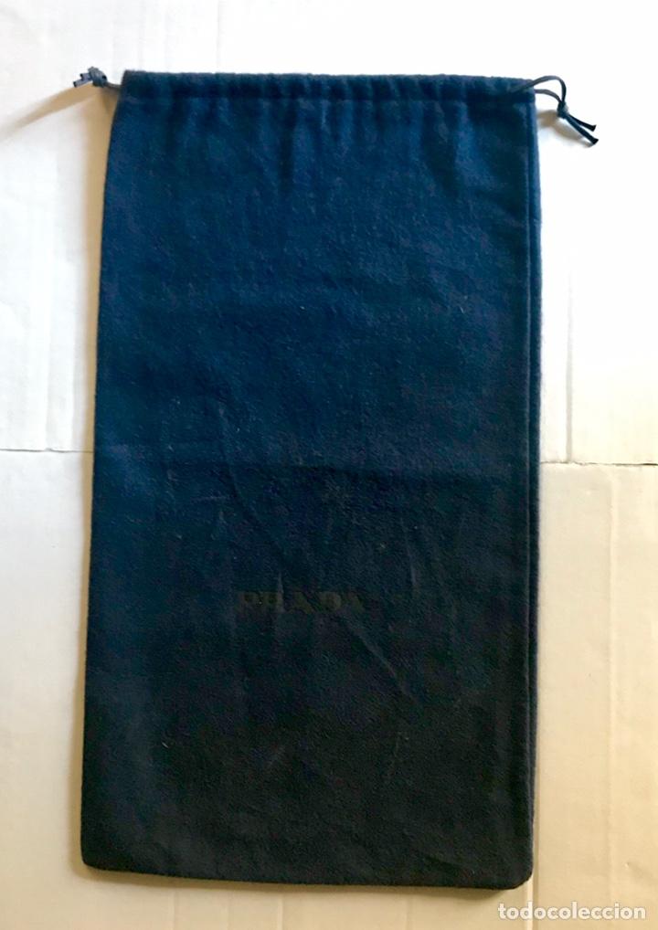 Vintage: Envío 8€. Par de bolsas guarda zapatos marca PRADA azul oscuro - Foto 2 - 154373350